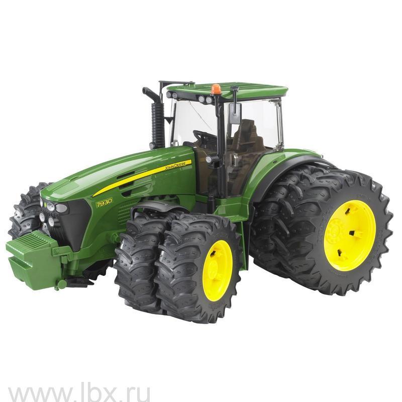 Трактор John Deere 7930